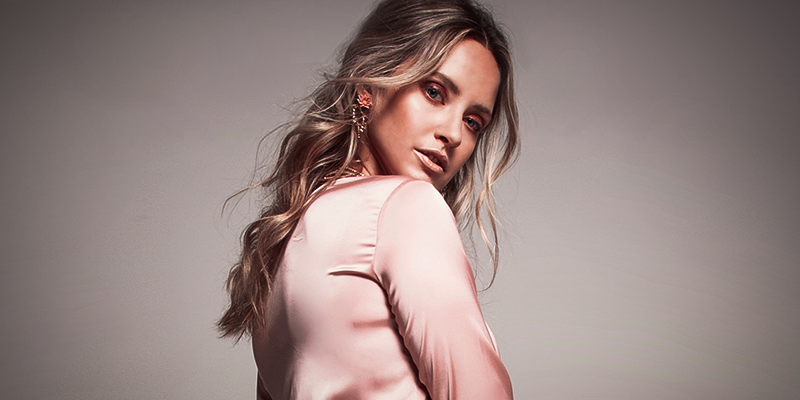 Merritt covers Mood Magazine (Photos + Interview)